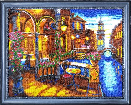 В состав набора входит: Ткань с нанесенным полноцветным рисунком, бисер Preciosa Ornela (Чехия) 16 цветов...